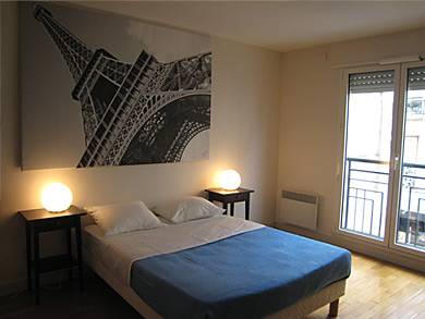 Furnished flat in Paris 7